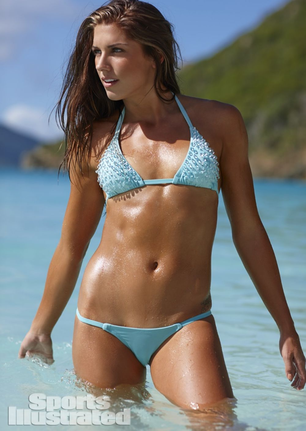 alex morgan body paint