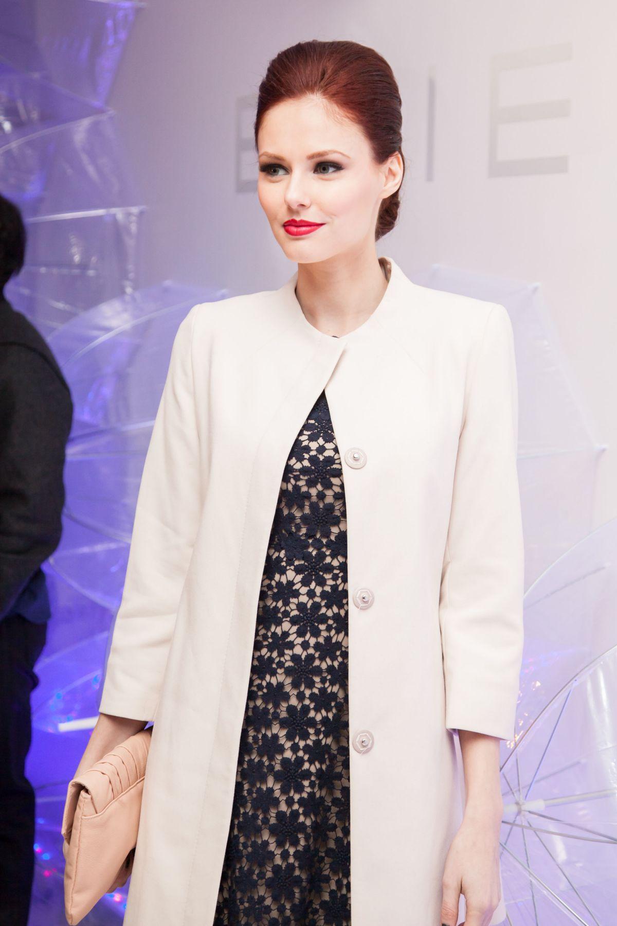 ALYSSA CAMPANELLA at Elie Tahari Fashion Show in New York