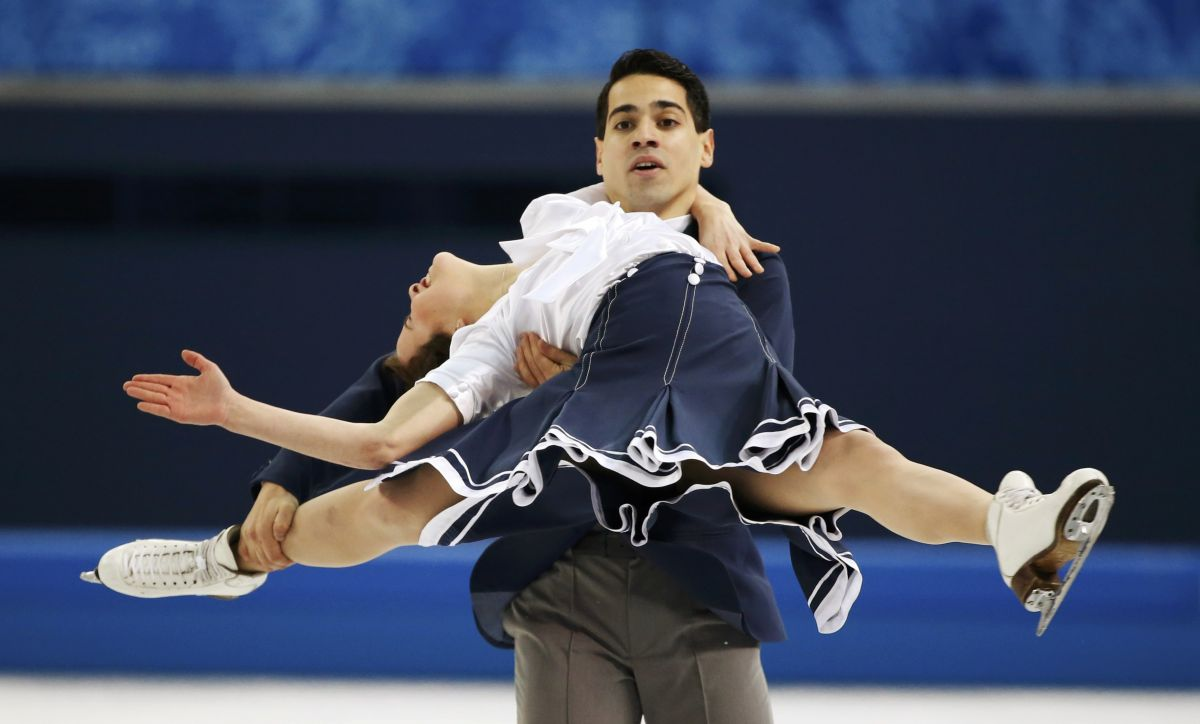 ANNA CAPPELLINI at Figure Skating in Sochi
