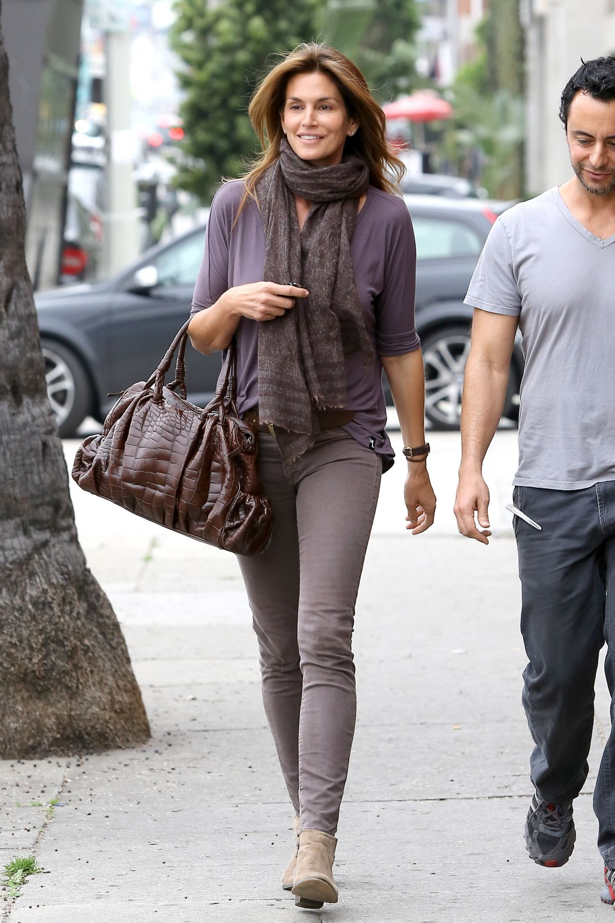 Cindy Crawford Out And About In Beverly Hills Hawtcelebs