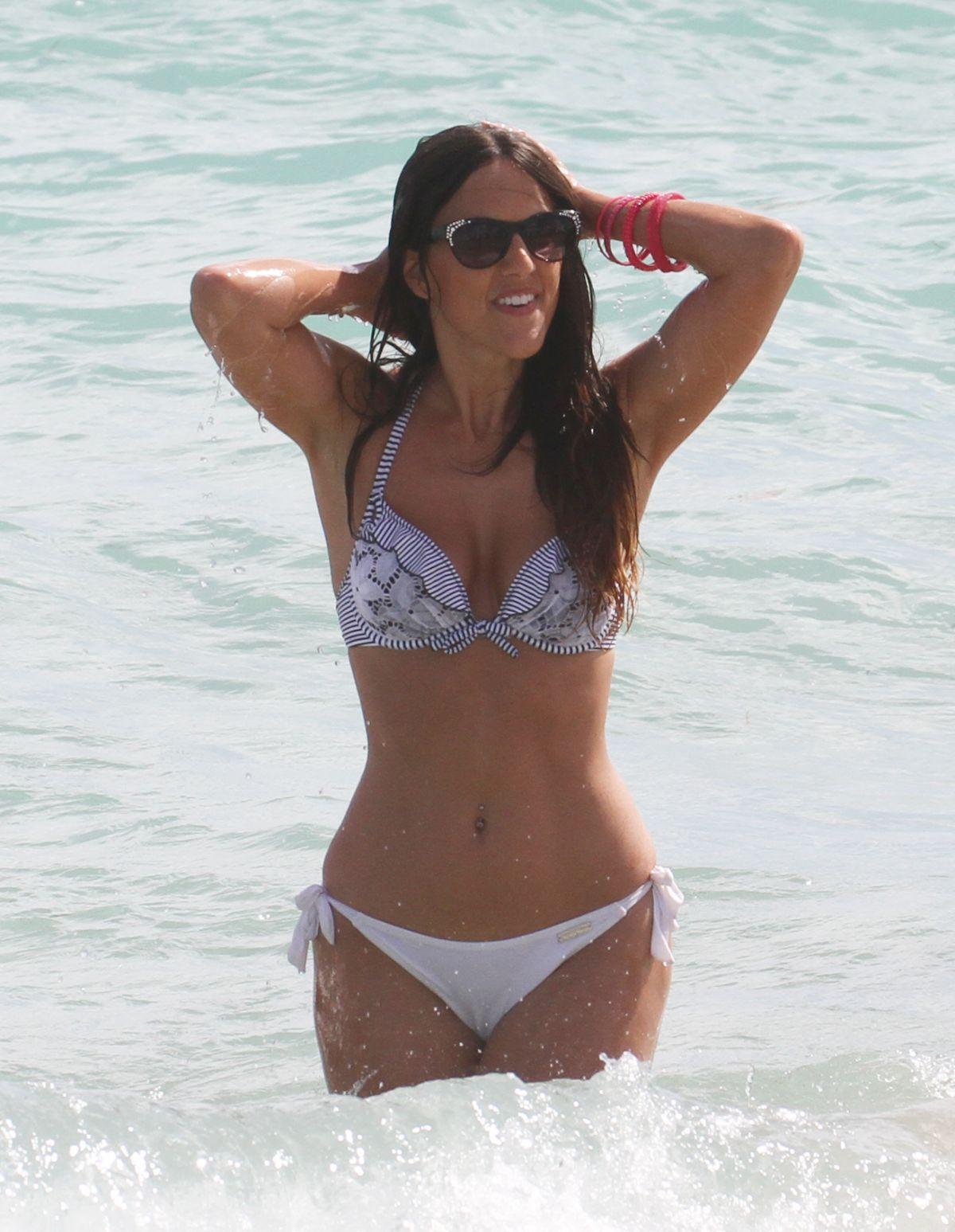 Bikini Claudia Romani nude (63 foto and video), Pussy, Hot, Selfie, legs 2018
