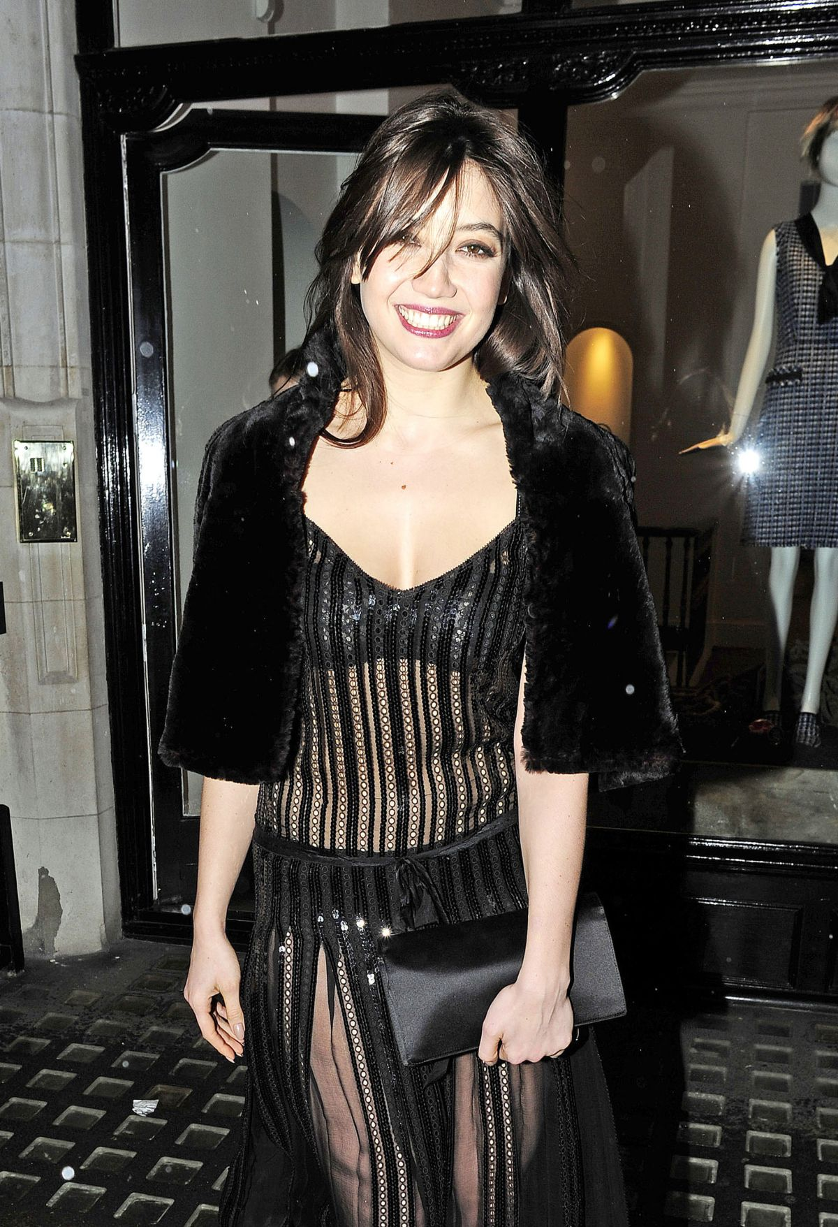 DAISY LOWE Leaves Marc Jacobs Store in London