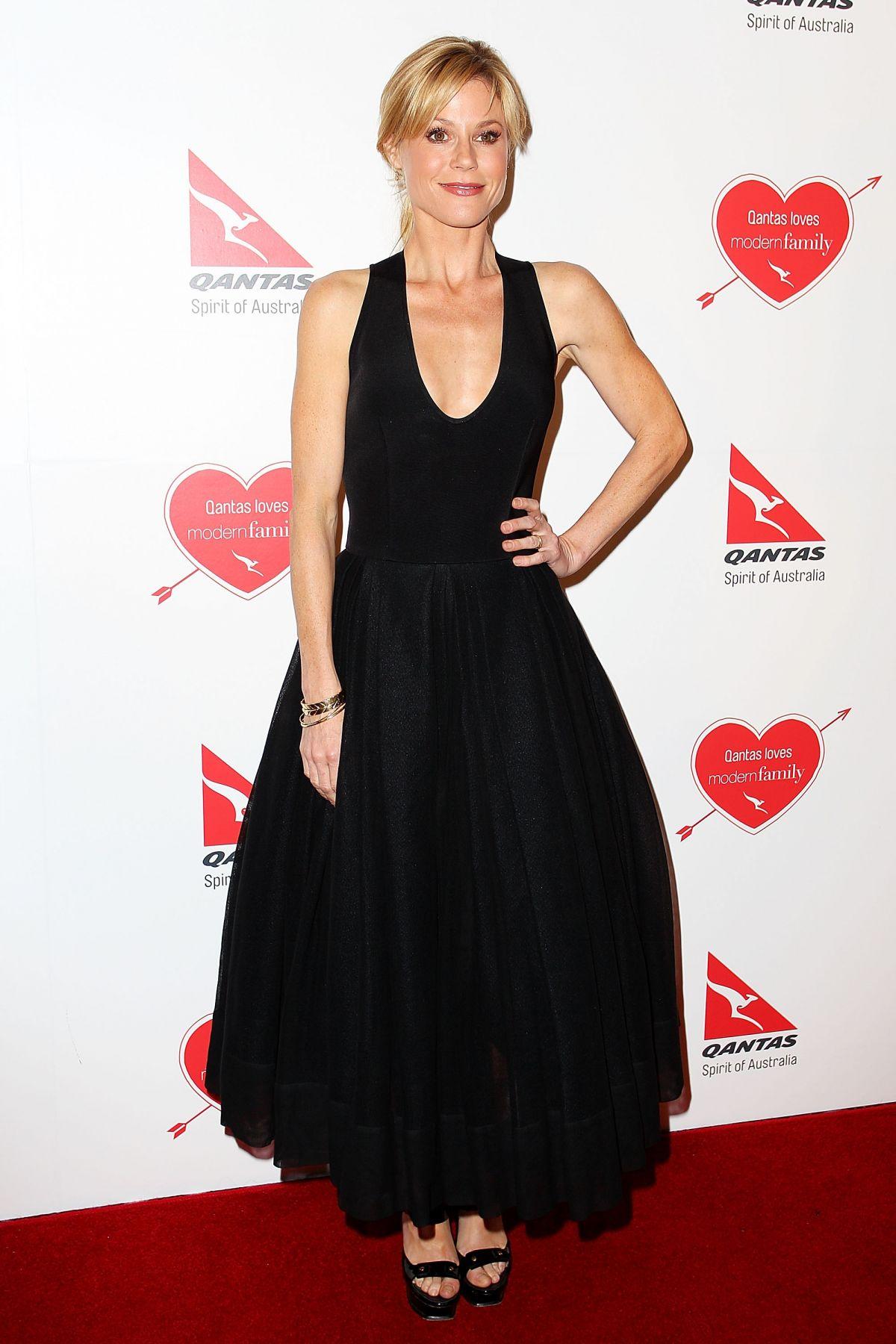 Julie Bowen   julie Bowen   Julie bowen, Women, Modern family