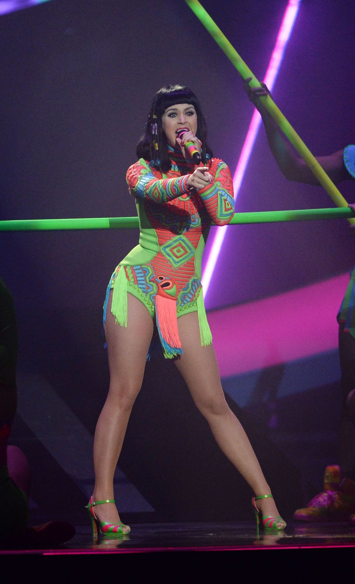 Katy perry live at singapore 2012 hd 7