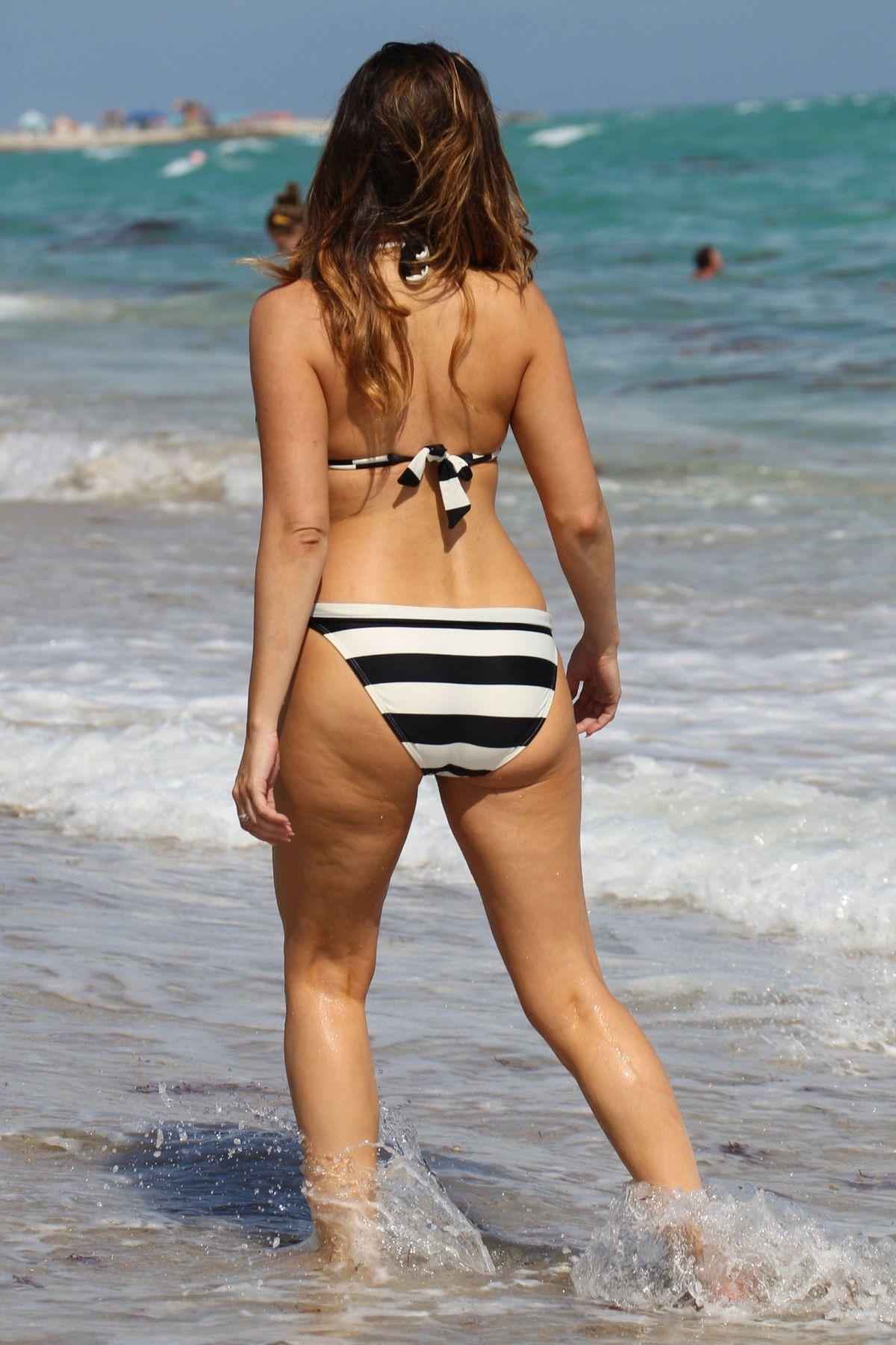KELLY BROOK in Striped Bikini on the Beach In Miami - HawtCelebs