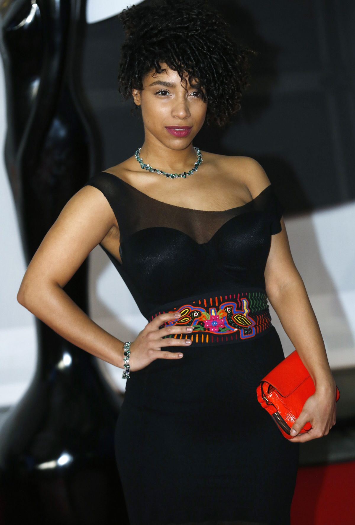 LIANNE LA HAVAS at 2014 Brit Awards in London