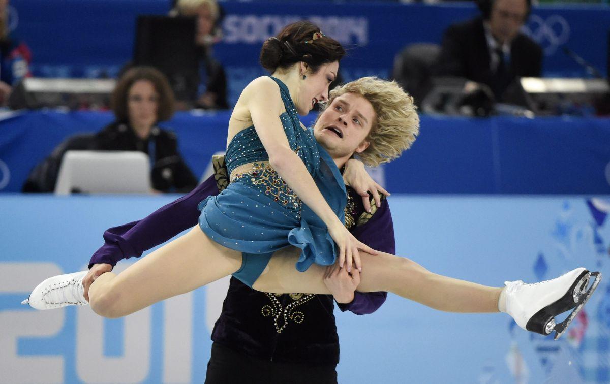 MERYL DAVIS and Charlie White at 2014 Winter Olympics in Sochi