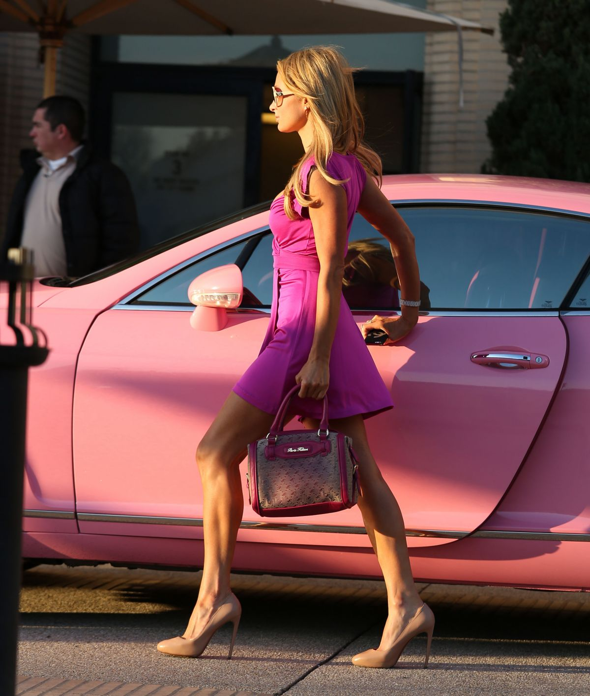 Paris Hilton And Her Pink Bentley In Los Angles Hawtcelebs