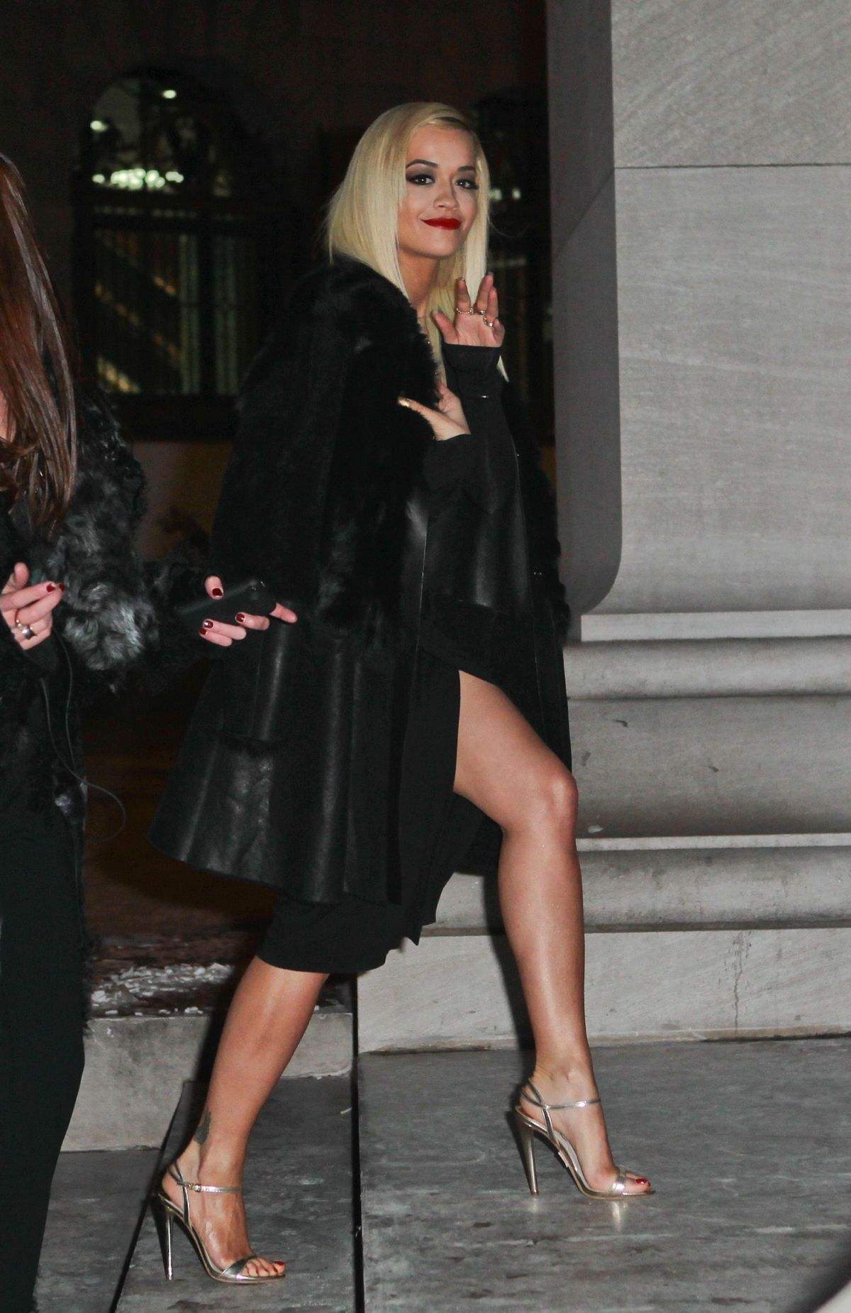 Rita ora at donna karan new york 30th anniversary fashion for Donna karen new york