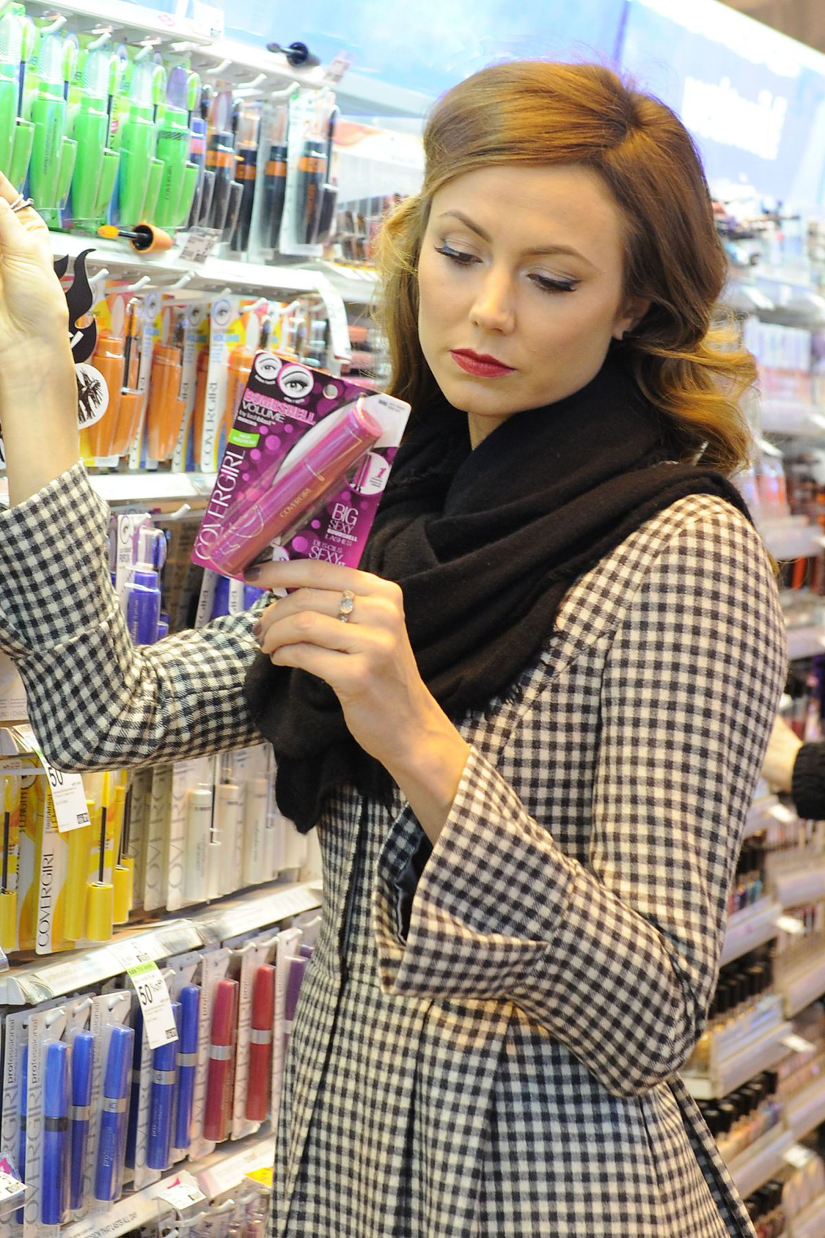 STACY KEIBLER at Duane Reade Drugstore in New York