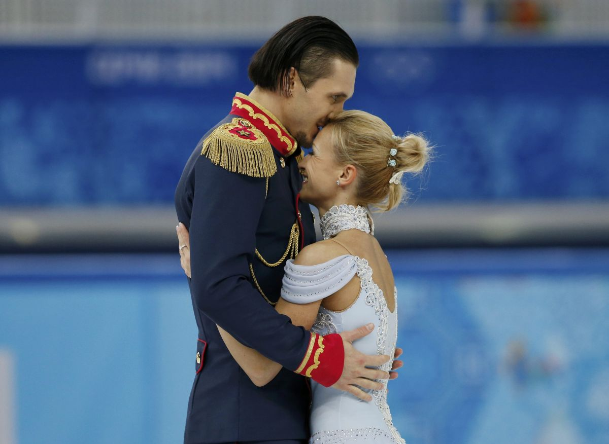 TATIANA VOLOSOZHAR and Maxim Trankov at 2014 Winter Olympics in Sochi - HawtCelebs - HawtCelebs