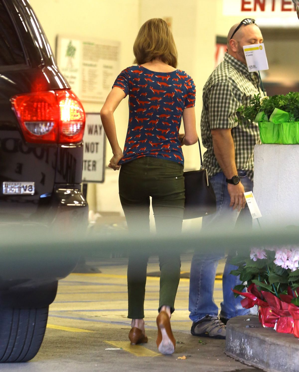 Grocery Stores Los Angeles: TAYLOR SWIFT Shoping Grocery At A Store In Los Angeles