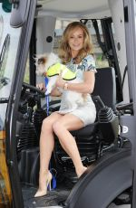 AMANDA HOLDEN - Battersea Dogs & Cats Home Campaign in London