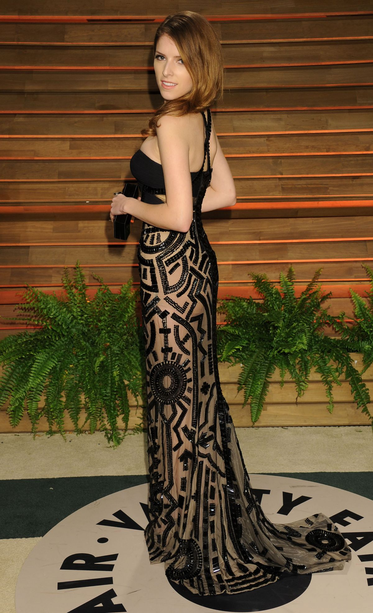 ANNA KENDRICK at Vanity Fair Oscar Party in Hollywood - HawtCelebs