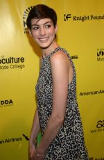 ANNE HATHAWAY at Elsa and Fred Red Carpet in Miami