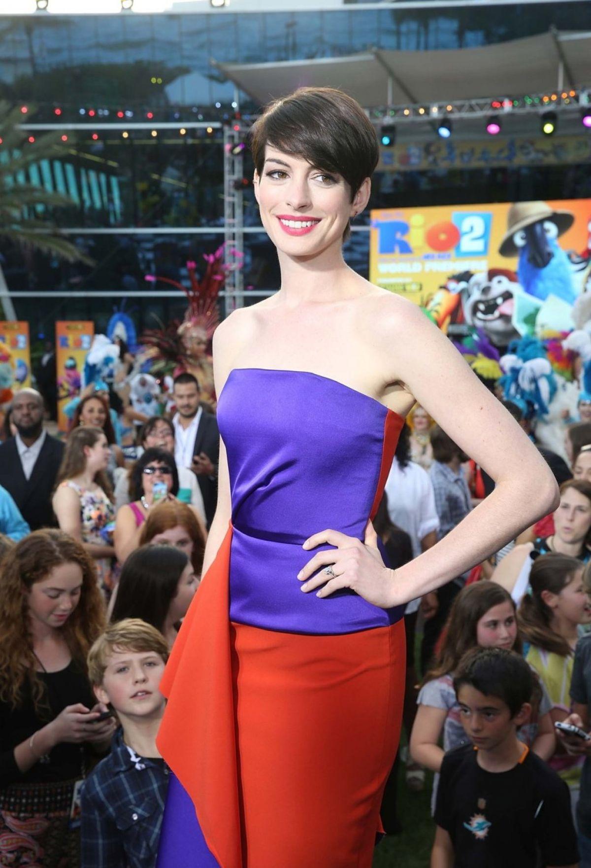 Anne Hathaway At Rio 2 Premiere In Miami Beach