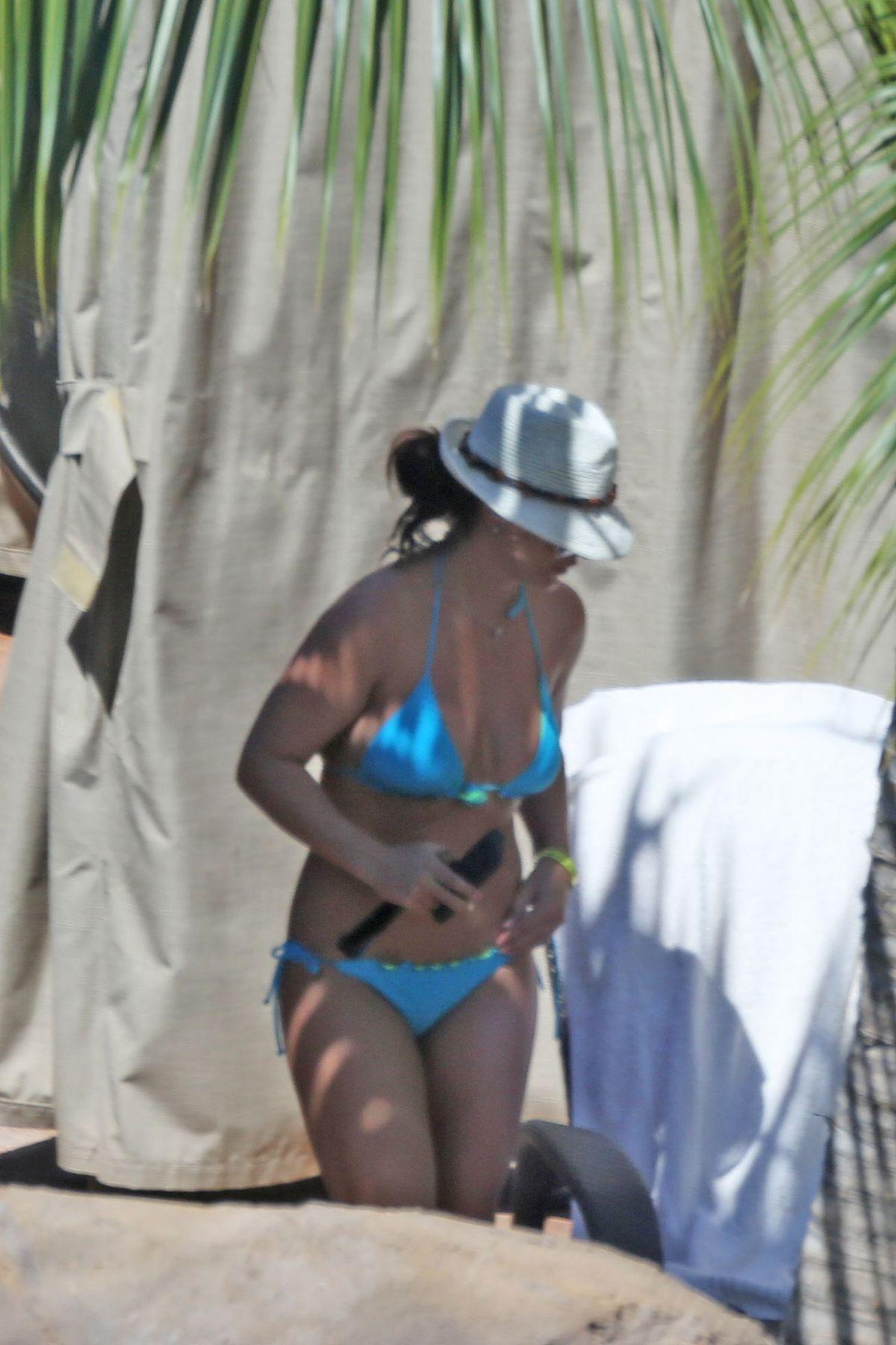 BRITNEY SPEARS in Bikini at a Pool in Hawaii