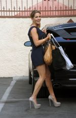 CANDACE CAMERON BURE Arrives at DWTS Practice in Hollywood