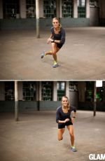 CARRIE UNDERWOOD - Glamour Magazine Website Workout