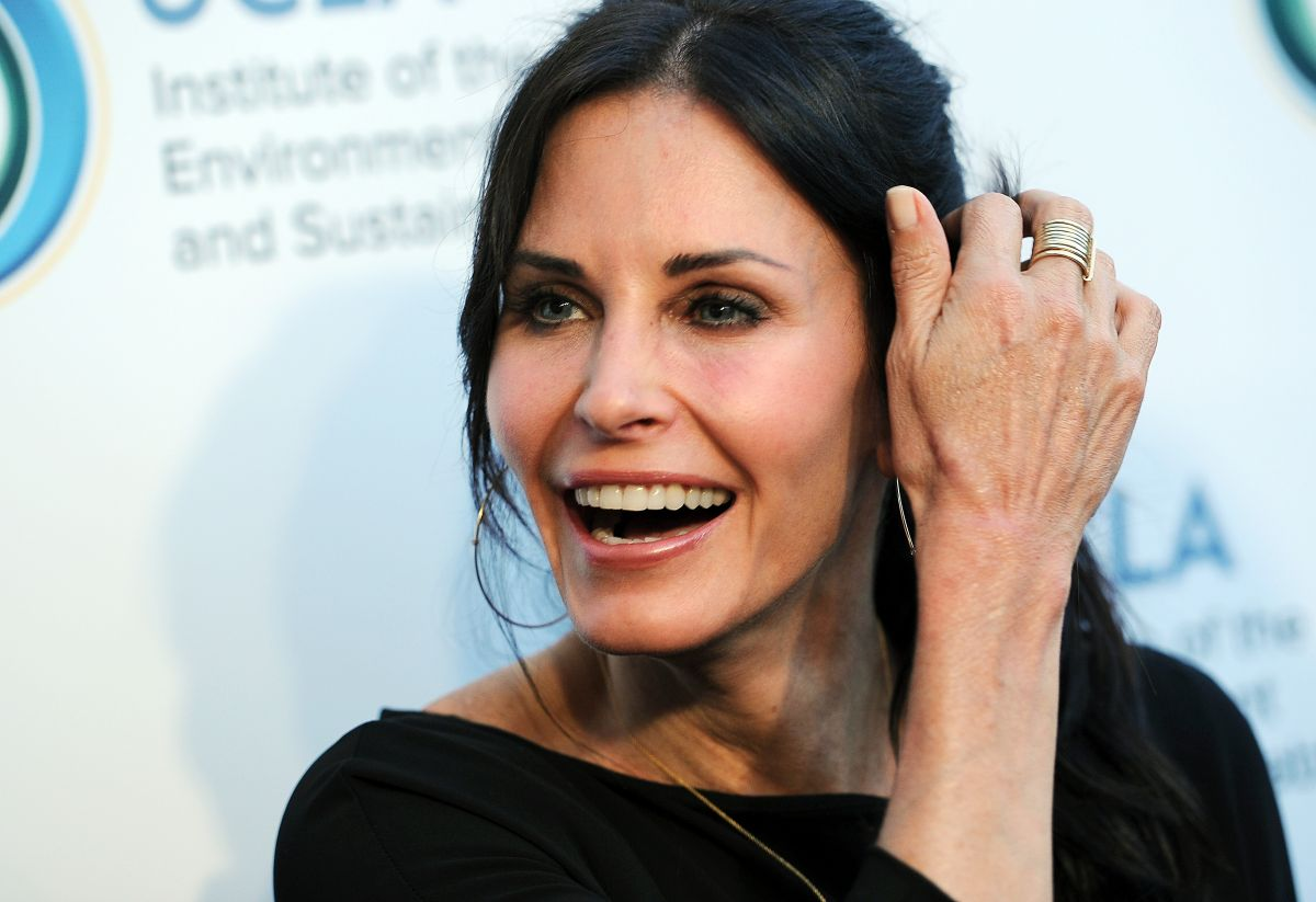 COURTNEY COX at An Evening of Environmental Excellence in Los Angeles
