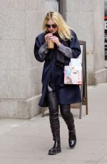 DAKOTA FANNING Out and About in New York