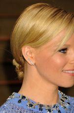 ELIZABETH BANKS at Vanity Fair Oscar Party in Hollywood