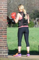 ELLIE GOULDING Work out at a Park in London