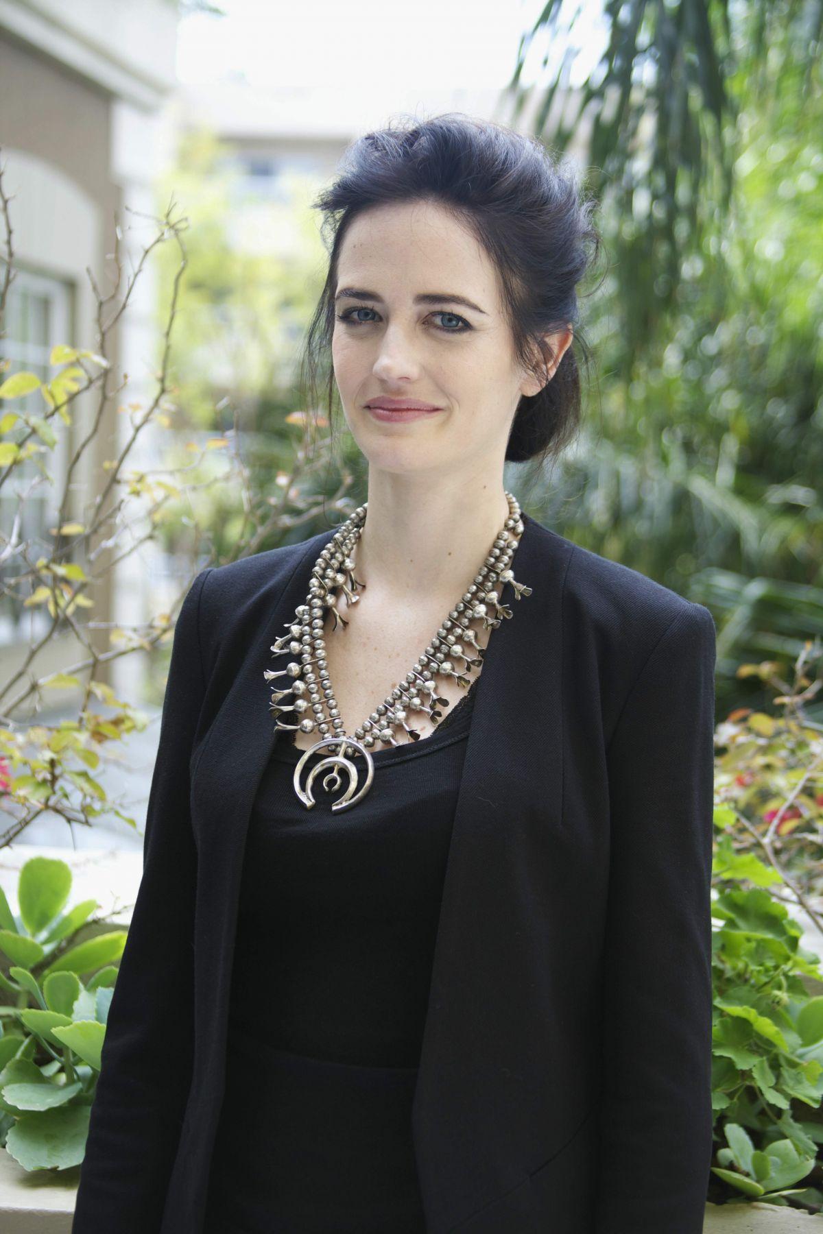 EVA GREEN at 300: Rise of an Empire Press Conference at ...300 Rise Of An Empire Eva Green Dress