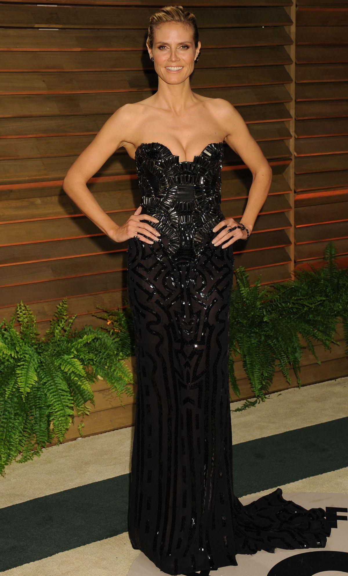 HEIDI KLUM at Vanity Fair Oscar Party in Hollywood