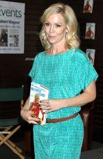 JENNIE GARTH at Book Signing at Barnes & Noble in Los Angeles