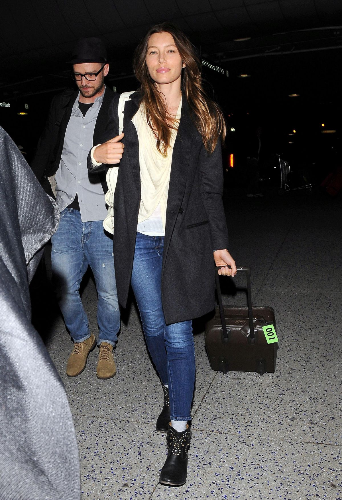 JESSICA BIEL and Justin Timberlake Arrives at LAX Airport