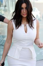 KIM KARDASHIAN Out for Shopping in Los Angeles 1703