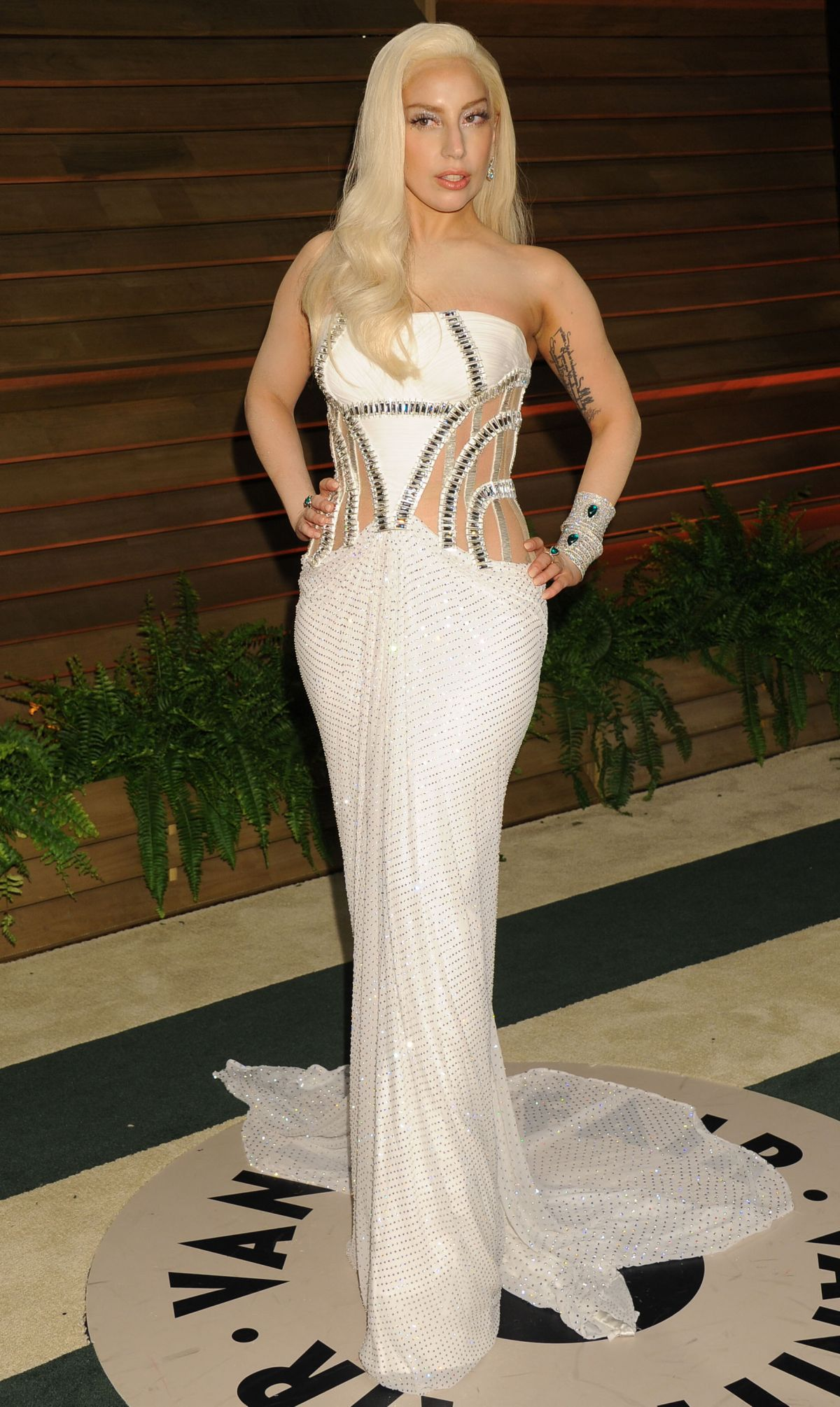 Lady Gaga At Vanity Fair Oscar Party In Hollywood Hawtcelebs
