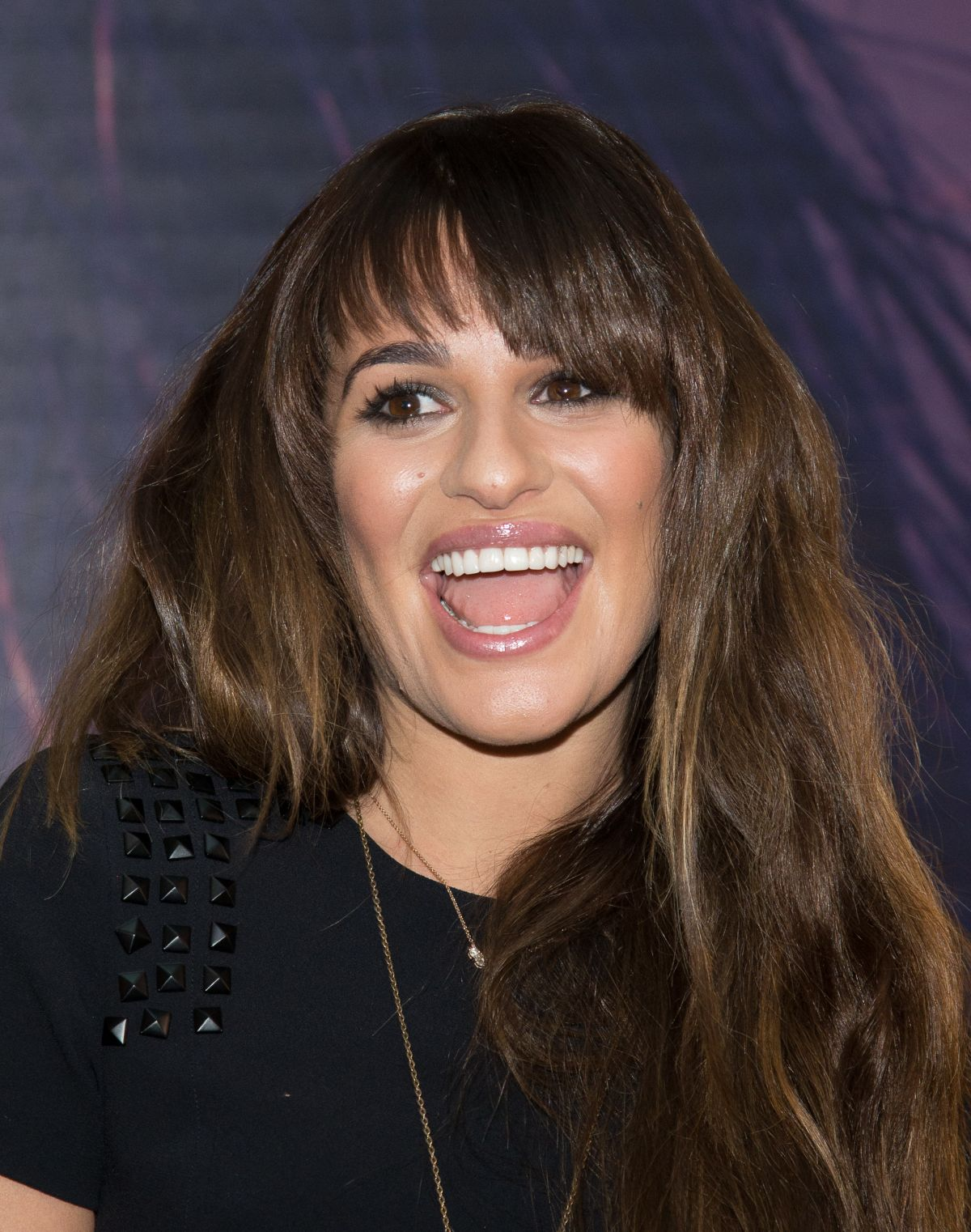 - lea-michele-at-her-album-louder-singing-event-in-new-jersey_4