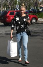 LEANN RIMES Out and About in Calabasas 1403