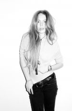 LINDSAY LOHAN - Photoshoot by Terry Richardson