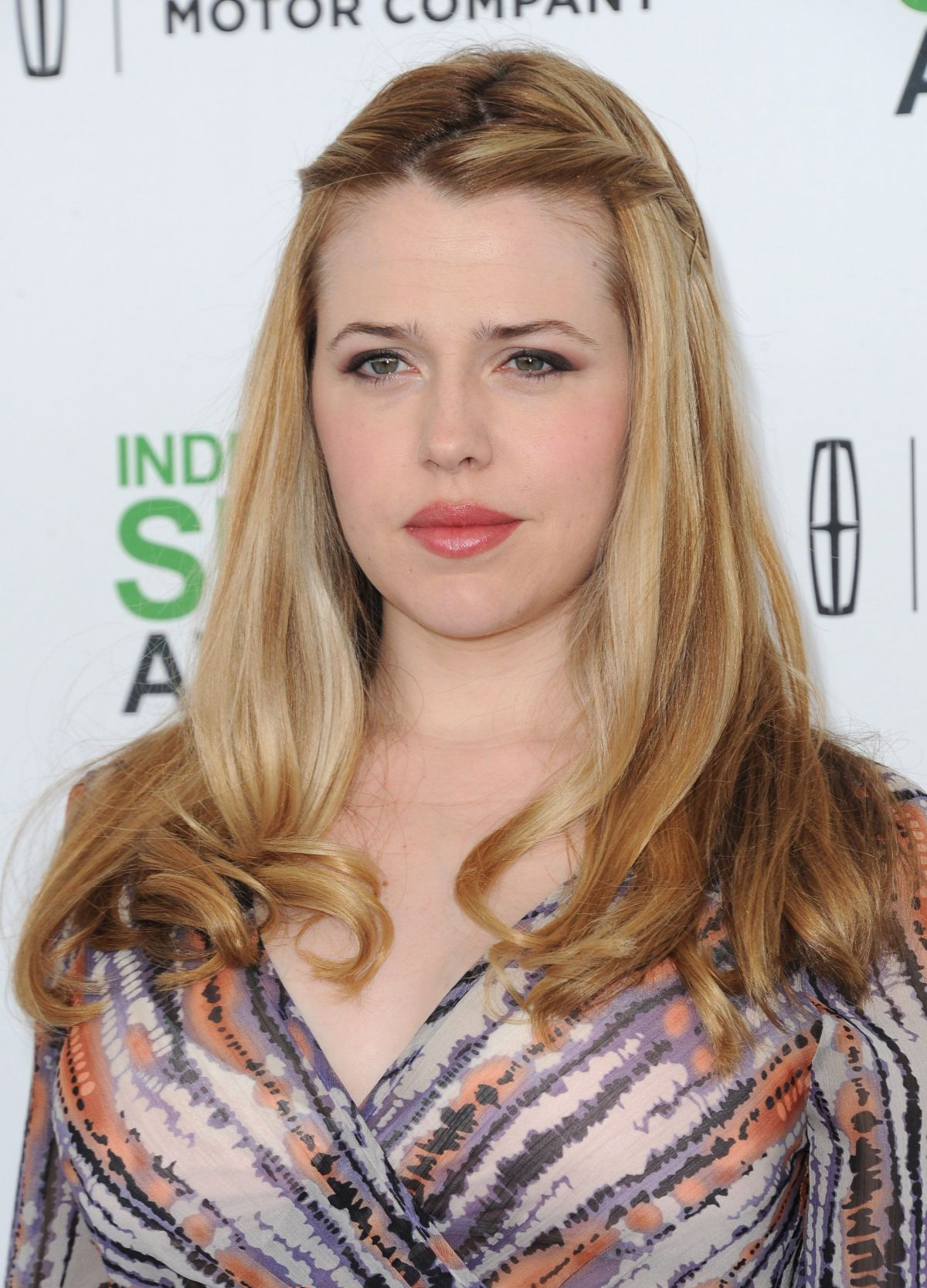 MAJANDRA DELFINO at 2014 Film Independent Spirit Awards in Santa Monica