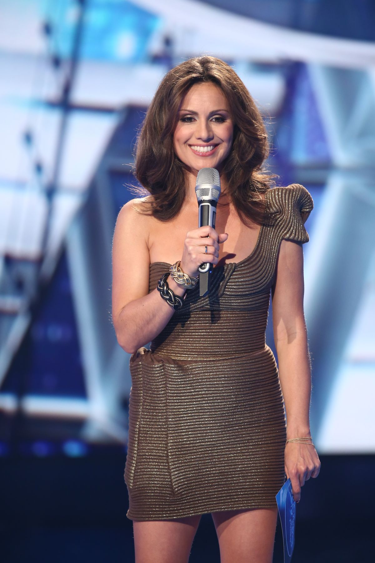 NAZAN ECKES at Germany Investigated the Superstar Live