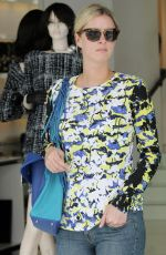 NICKY HILTON Shopping on Robertson Boulevard in Beverly Hills
