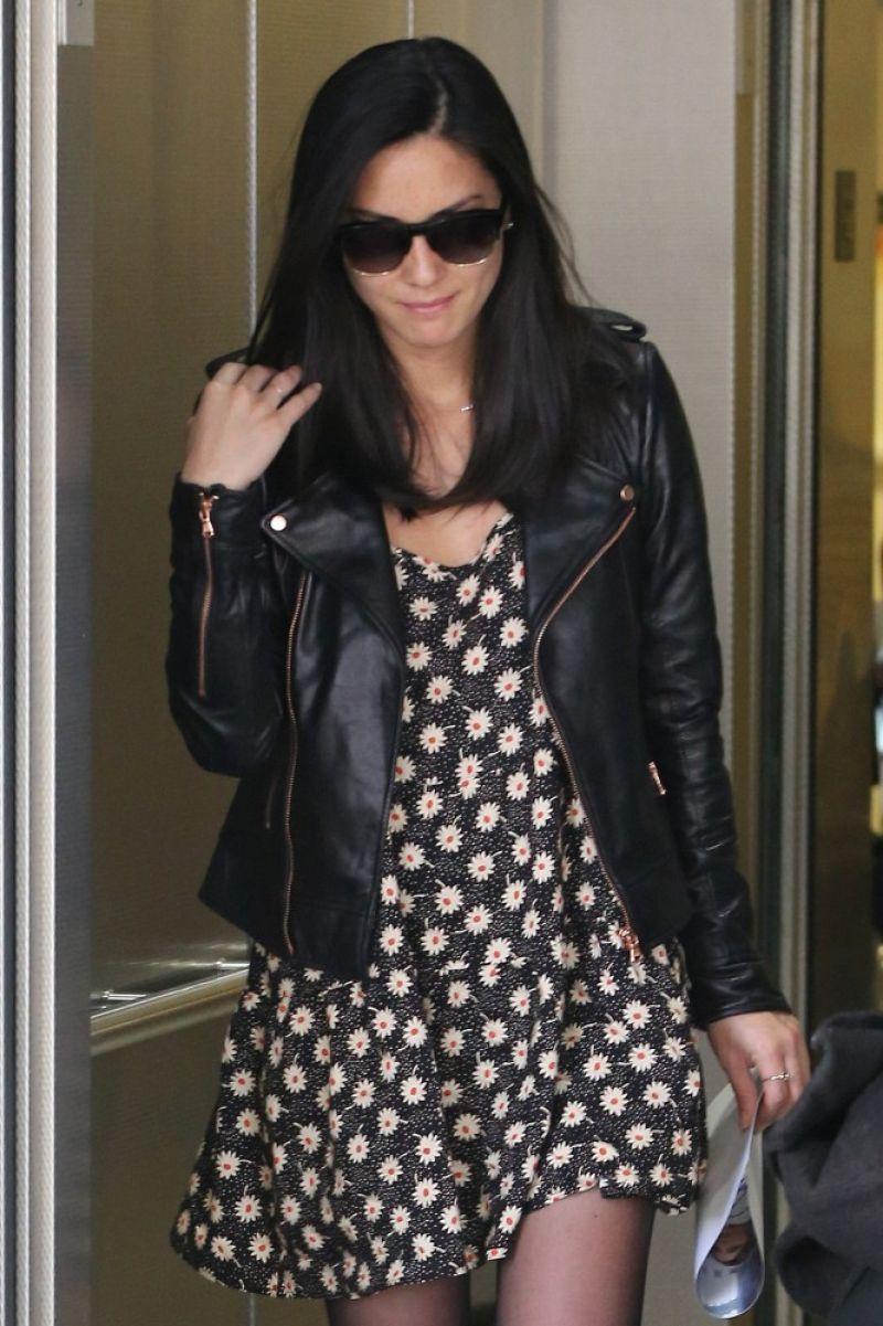 OLIVIA MUNN Arrives at LAX Airport 0903