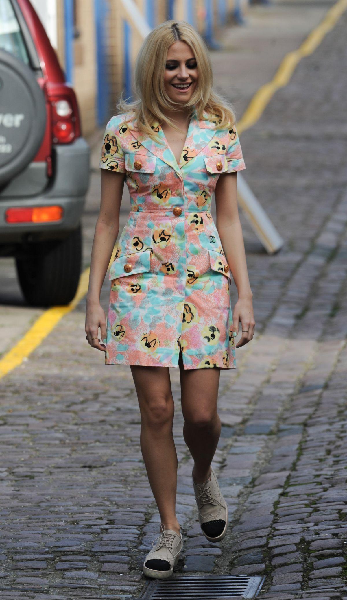 Pixie Lott - the Fashion Spot 23