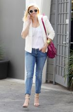 REESE WITHERSPOON Leaves Her Office in Beverly Hills