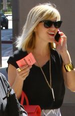 REESE WITHERSPOON Out for Lunch at Bouchon in Beverly Hills
