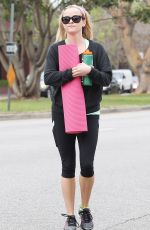 REESEWITHERSPOON Leaves a Yoga Class in Brentwood