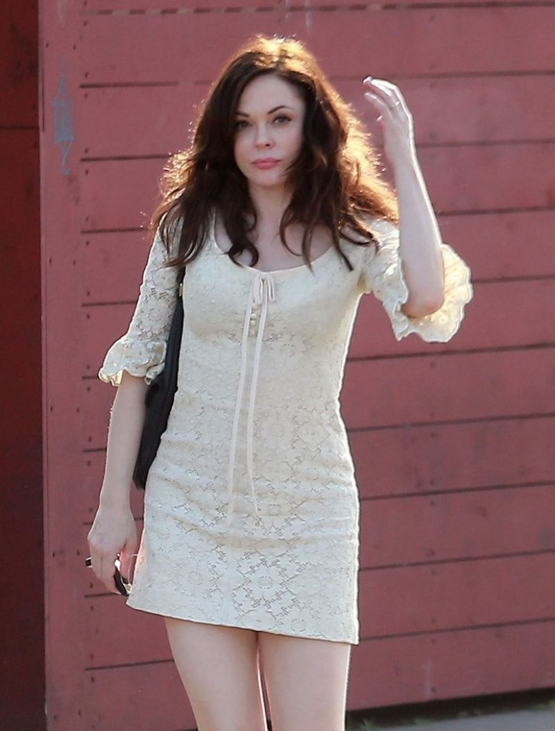 ROSE MCGOWAN Leaves Machos Tacos in Los Feliz