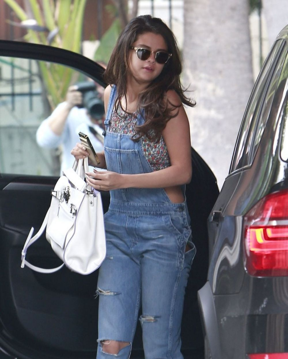 SELENA GOMEZ Arrives at Sunset Tower Hotel in West Hollywood