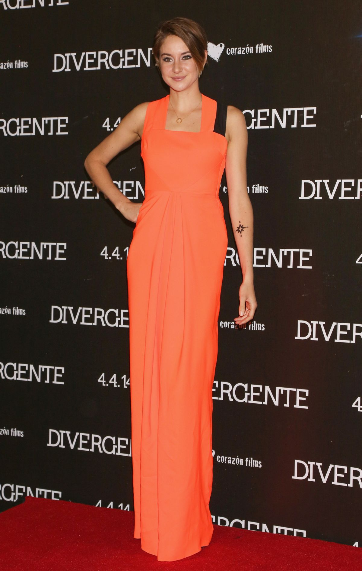 SHAILENE WOODLEY at Divergent Premiere in Mexico City