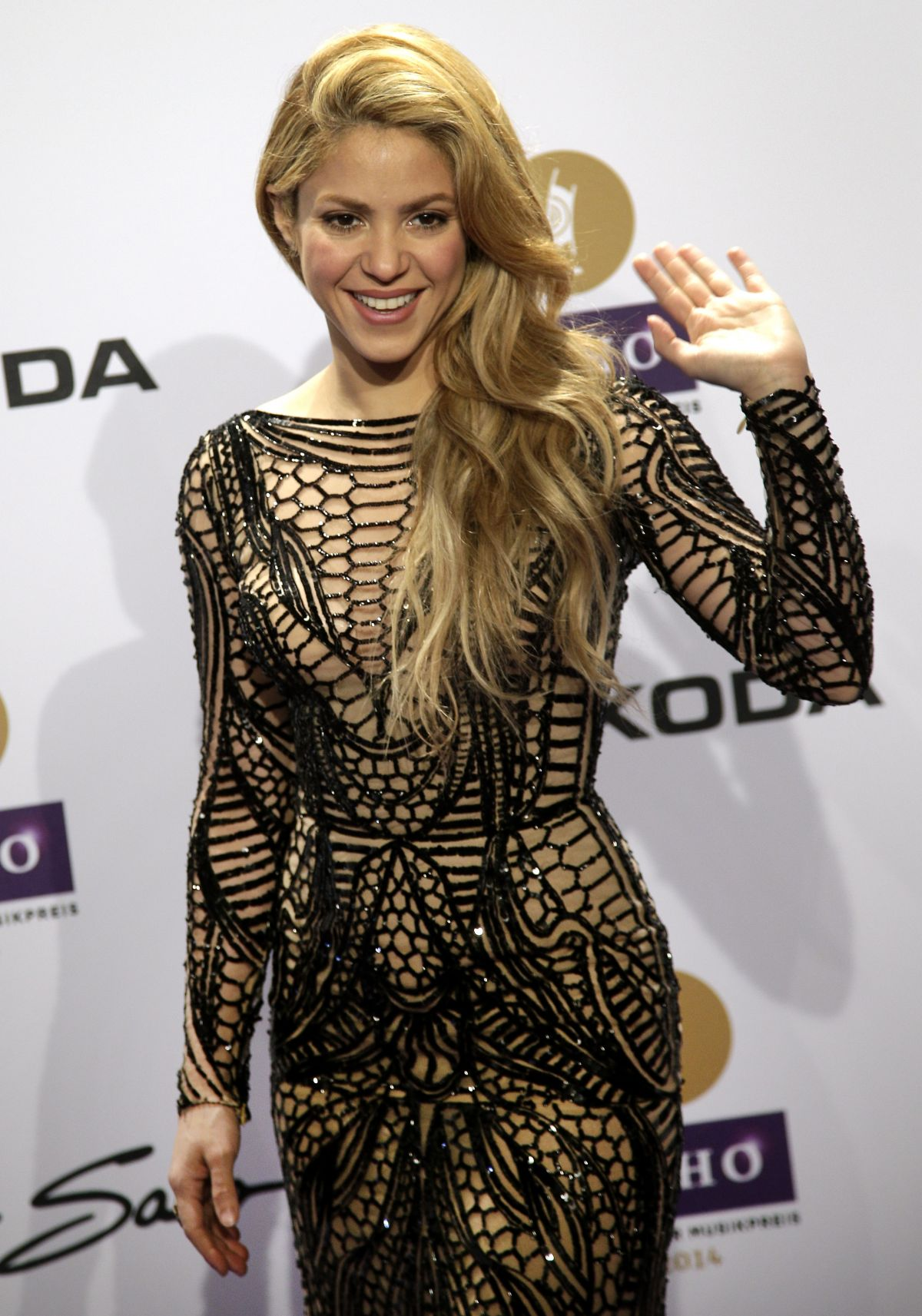 SHAKIRA at at 2014 Echo Music Awards in Berlin