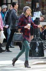 TAYLOR SWIFT Out and About in New York 2203