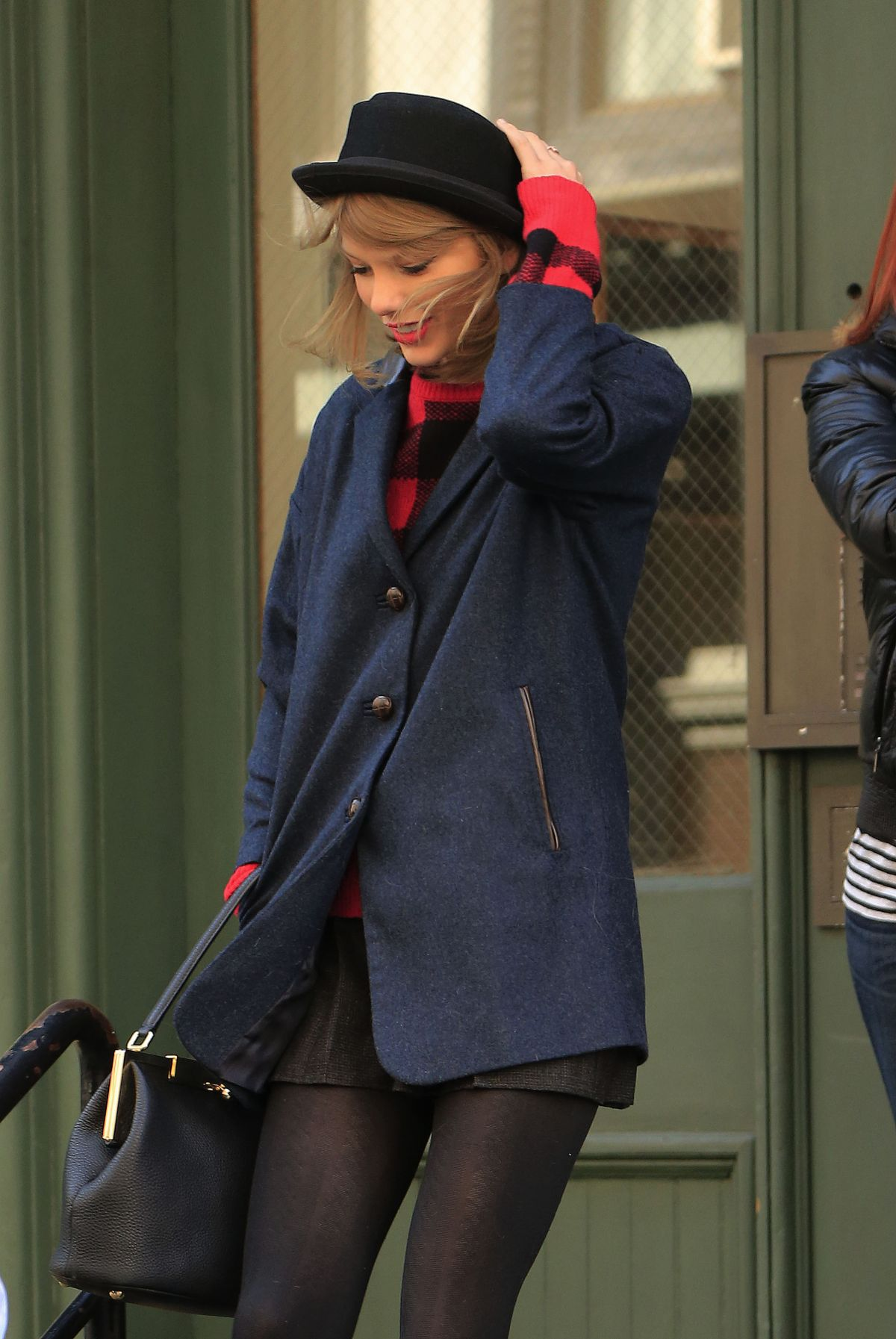 TAYLOR SWIFT Out in New York 2604